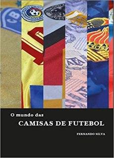 capa do livro o mundo das camisas de futebol